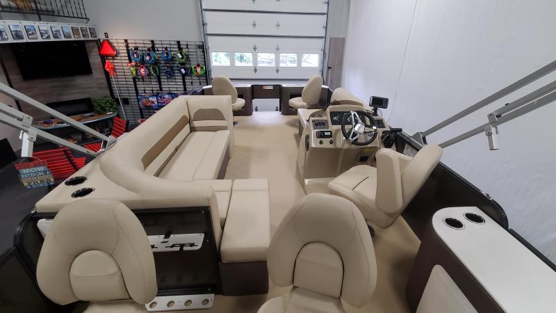 2019 Crest I FISH 200 C4 Pontoon Boat