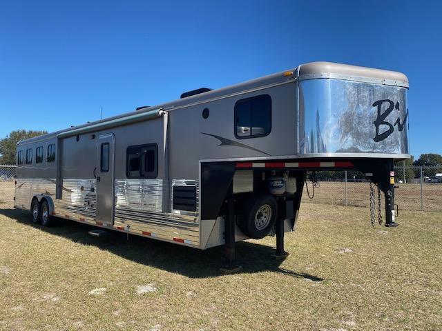 2013 Bison Trailers Ranger 8414 Glide & Generator Horse Trailer