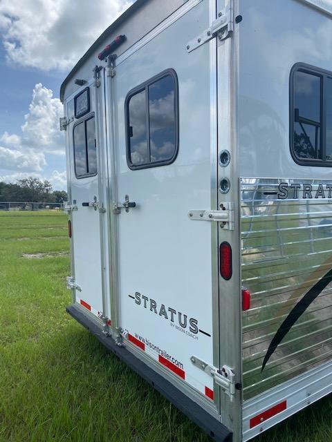 2007 Bison Trailers Stratus 4H 12' LQ w/Glide IN STOCK Horse Trailer