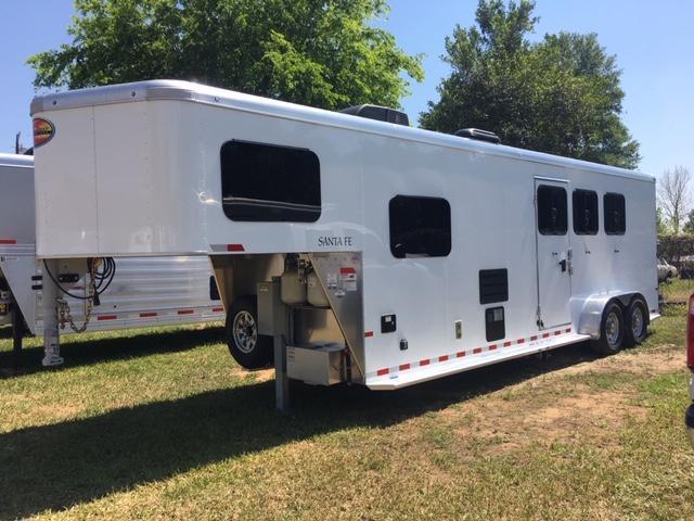 2020 Sundowner Trailers Santa Fe 3H 6910 LQ Horse Trailer
