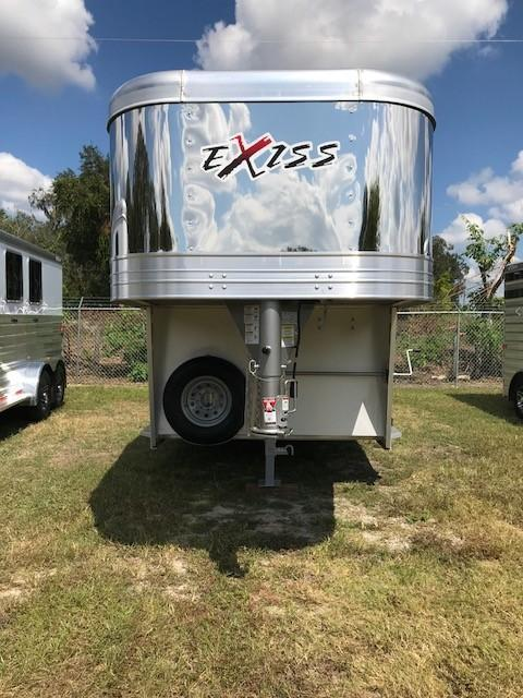 2022 Exiss Trailers STC 7020 GN Horse Trailer
