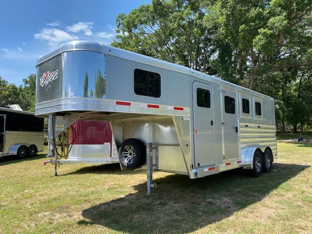 2022 Exiss 7300 GN Horse Trailer