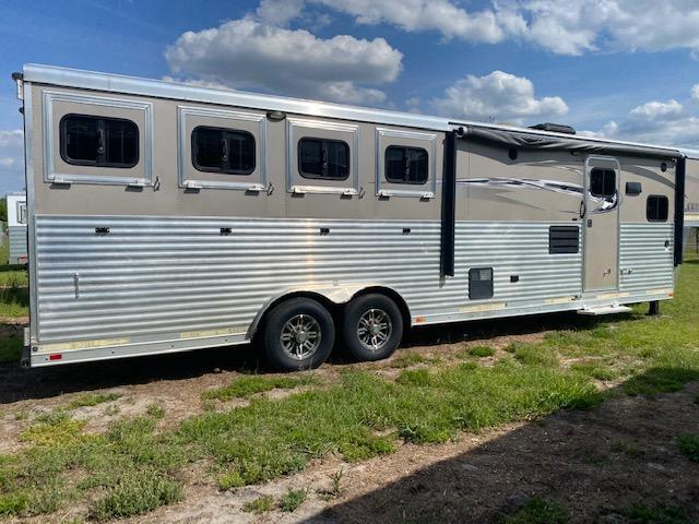 2016 Lakota Charger 8411 W/Onan Generator Horse Trailer