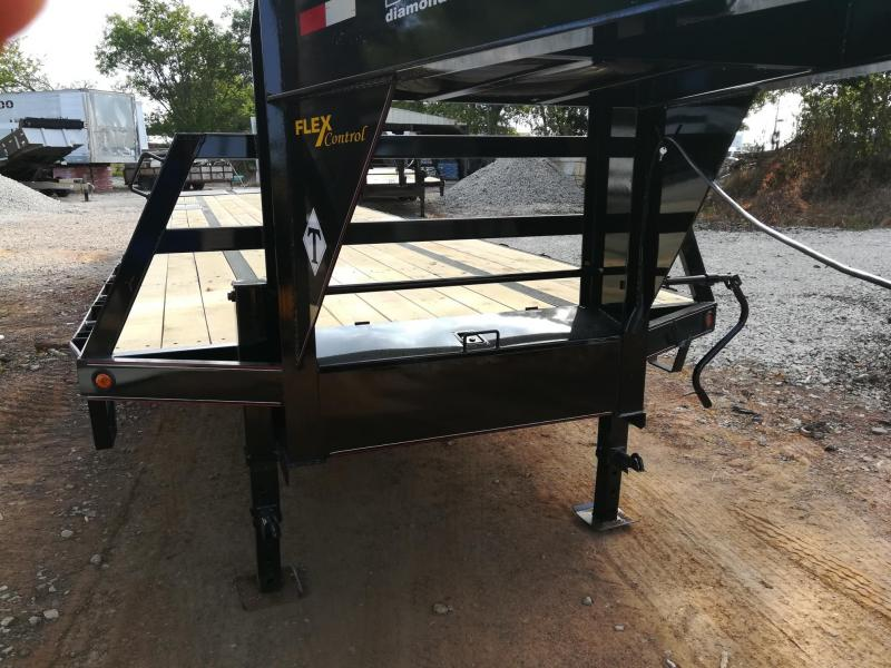 2021 Diamond T Trailers DTF-240 Flatbed Trailer
