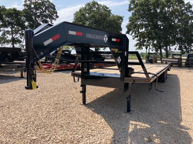 """2021 Diamond T Trailers DTF-240 102"""" x 30' Flatbed Trailer"""