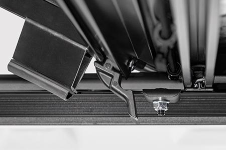 AGRICOVER Lomax TriFold Aluminum Tonneau Cover