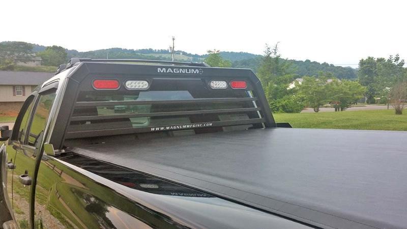 Magnum Low Pro w/ Window (Ladder Rack)