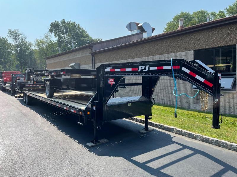 2022 PJ Trailers Ls402 (40FT) Equipment Trailer