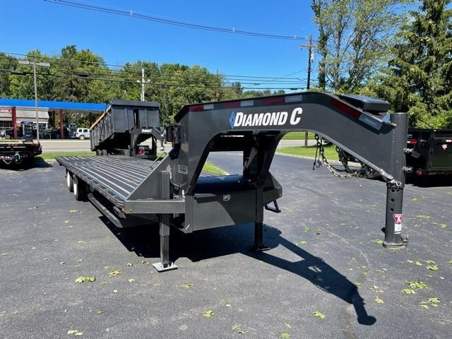 2020 Diamond C FMAX212 (35FT) Equipment Trailer
