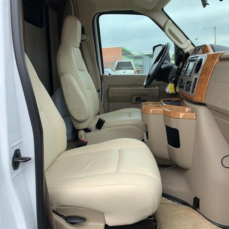 2011 Ford E450 Class C Winnebago Aspect RV