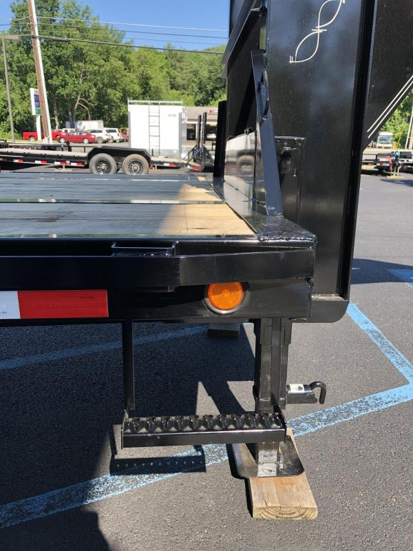 2021 PJ Trailers LY322 32' Hydraulic Dove Tail Equipment Trailer