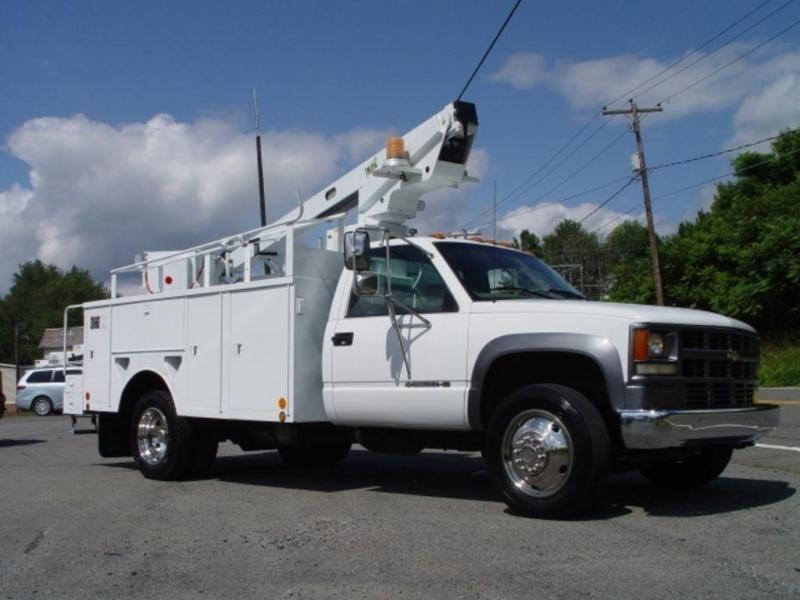 2002 Chevrolet HD 3500 Bucket Truck