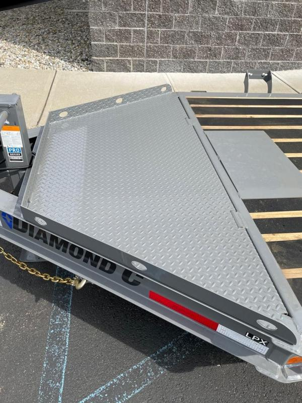 2021 Diamond C Trailers LPX207 (16ft) Equipment Trailer