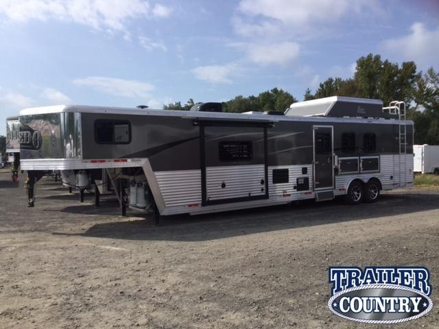 ***CLEARANCE***2018 Bison 8315 LAREDO Horse Trailer with Living Quarters and WITH FREE 14' DELTA BUMPER PULL TRAILER