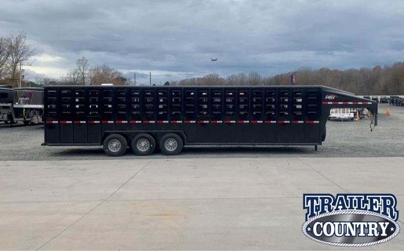 2021 Maxxim Industries Eagle 32' Livestock Trailer Livestock Trailer