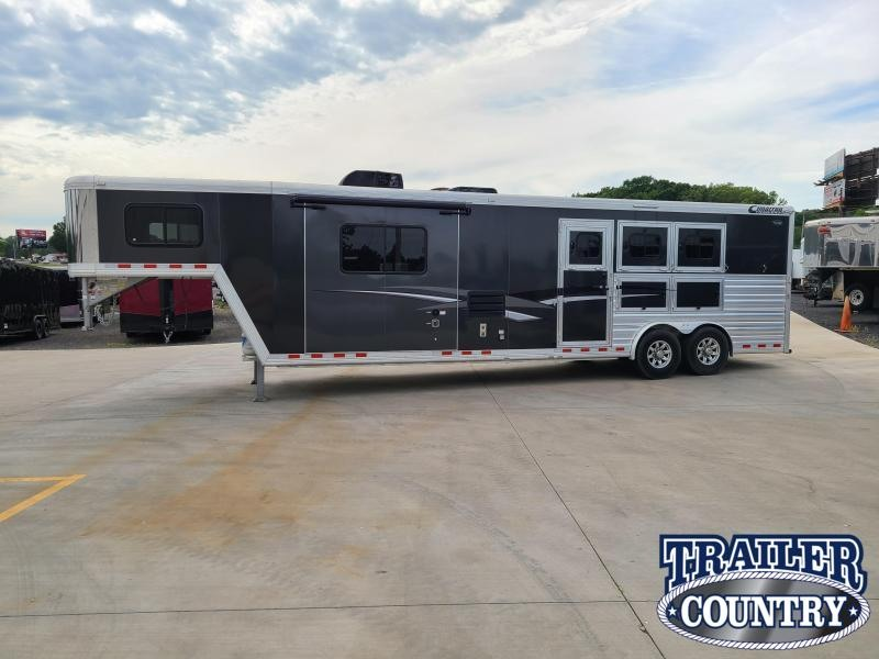 ***CLEARANCE***  2017 CIMARRON 3 HORSE WITH TRAIL BOSS LIVING QUARTERS  WITH FREE 14' BUMPER PULL TRAILER
