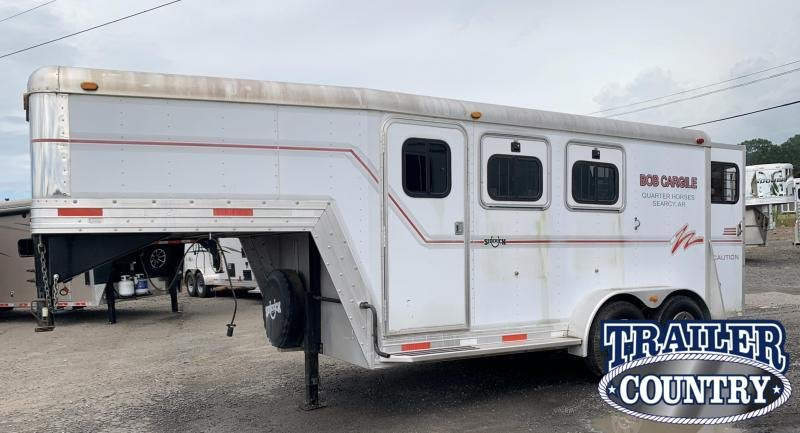2001 Side Kick 2 Horse Slant Gooseneck Horse Trailer with Dressing Room