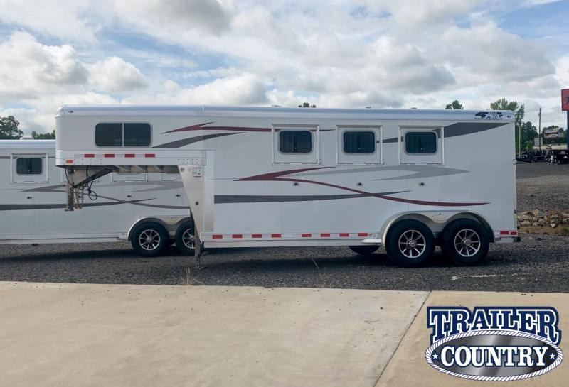 2022 4-Star Trailers Runabout 3 Horse Trailer