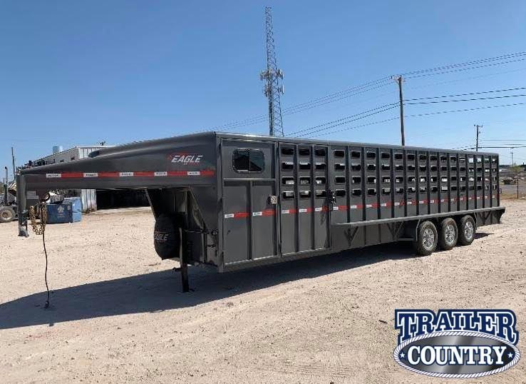 2021 Maxxim Industries Eagle 32' Stock Trailer Livestock Trailer