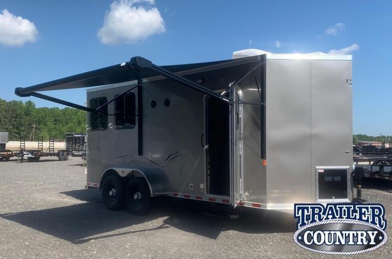 2022 Dixie Star Trail Rider 2 Horse Trailer - IN STOCK!!!