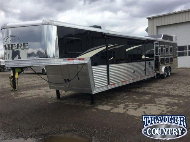 **ON ORDER** 2022 Bison Trailers Living Quarters Horse Trailers