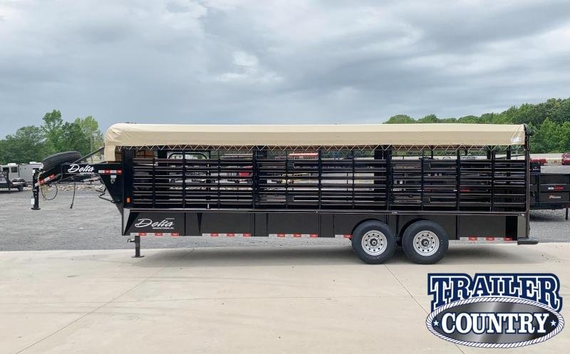 2022 Delta Manufacturing 600 Cattleman Livestock Trailer