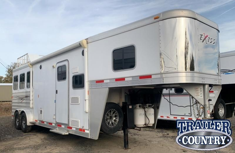 2018 Exiss Trailers Escape 7308 3 Horse Trailer with Living Quarters