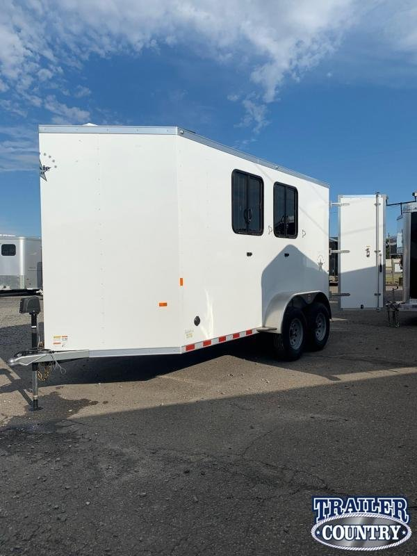 2021 Dixie Star 2H BP Horse Trailer w/Weekender