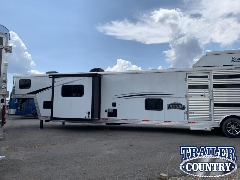 ***DEMO CLEARANCE***2019 Bison LIVING QUARTERS 8013 LAREDO STOCK/COMBO Trailer With BUNK BEDS