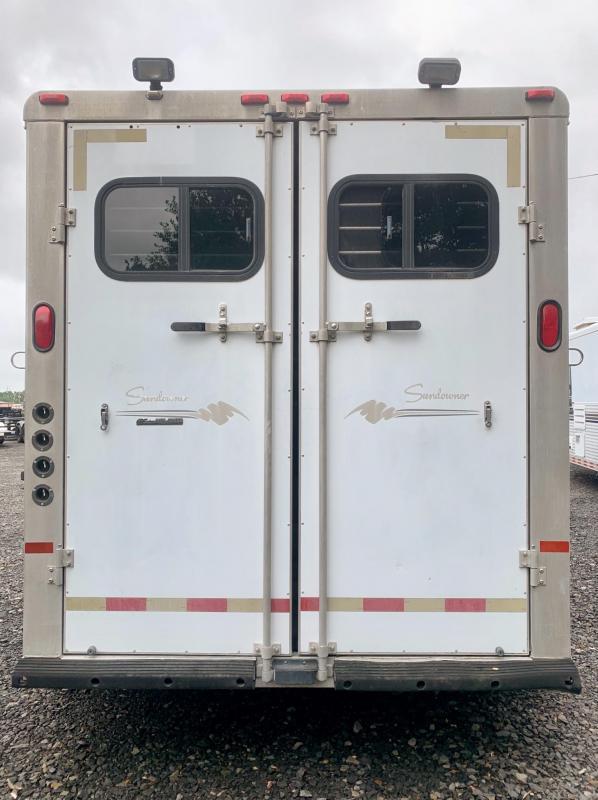 1999 Sundowner Trailers 3 Horse Gooseneck Horse Trailer