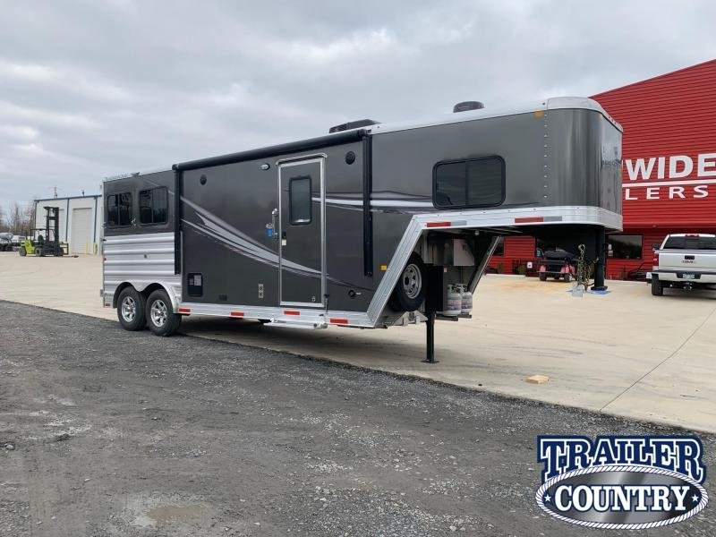 2021 Merhow Trailers Renegade 2 Horse Living Quarters Horse Trailer