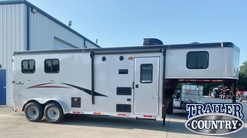2022 Bison Trailers 7206 Quickdraw 2 Horse Living Quarters Horse Trailer - IN STOCK!!!