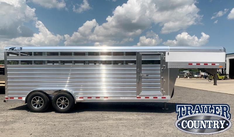 2022 4-Star Trailers 20' Runabout Livestock Trailer - IN STOCK!!