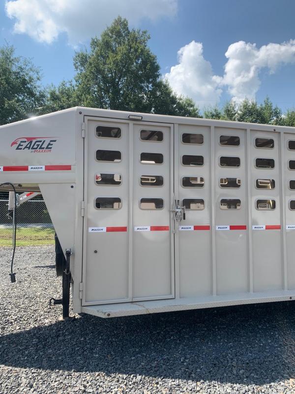 2022 Maxxim Industries Eagle 32' Livestock Trailer - IN STOCK!!