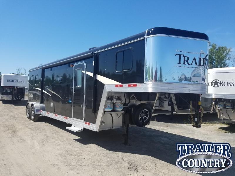 2020 Bison 7211 TRAIL BOSS Horse Trailer w/Living Quarters
