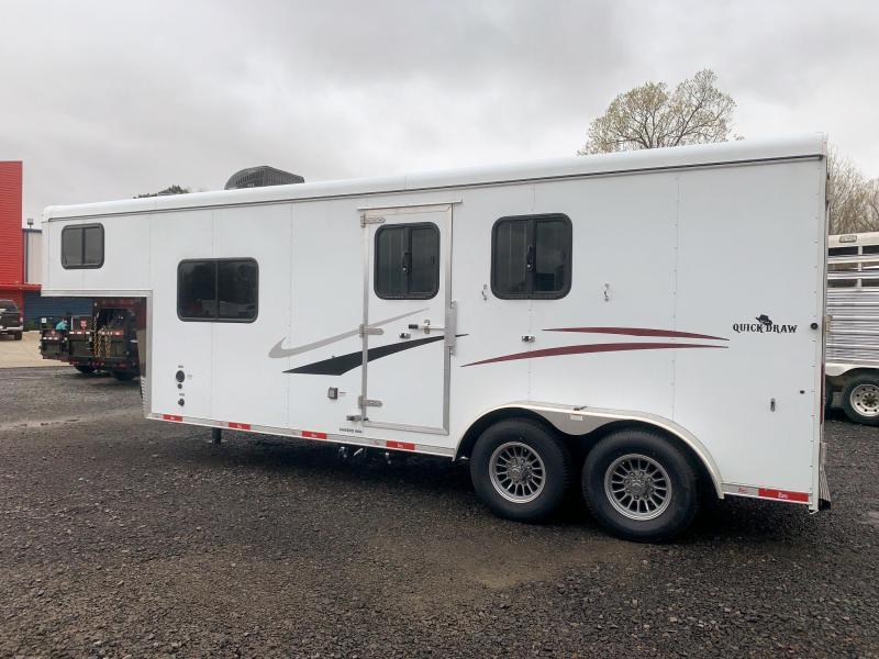 2021 Bison Quickdraw 7208 2 Horse Living Quarters Trailer