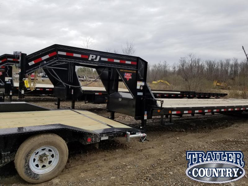 2019 PJ Trailers 102X40 GN Flatbed Trailer