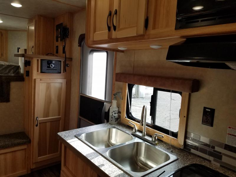 **CLEARANCE** 2019 Bison 8411 RANGER Horse Trailer with Living Quarters
