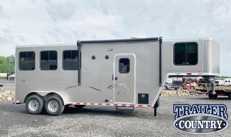 2022 Dixie Star Trail Rider 3 Horse Trailer w/Weekender - IN STOCK!!