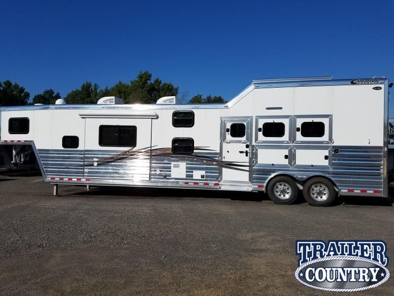 **SPECIAL PRICING***  2018 Cimarron Trailers
