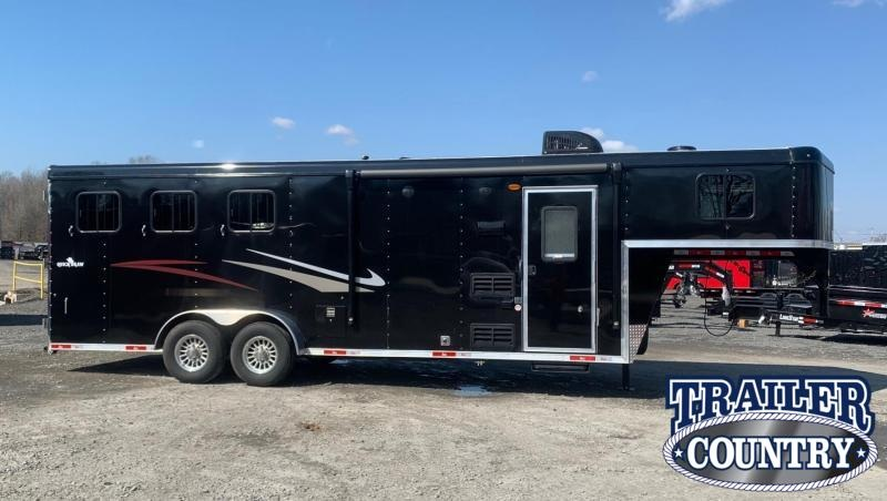 2021 Bison Trailers Quickdraw 3 Horse Living Quarters Trailer