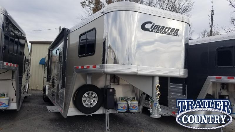 ***PRICE REDUCTION***2020 Cimarron LIVING QUARTERS 3 HORSE Trailer
