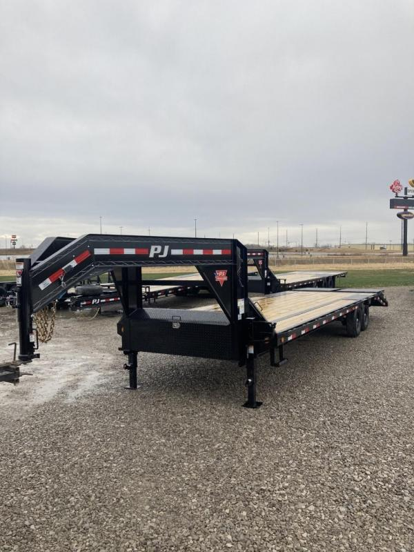 2021 PJ Trailers 30' Low-Pro Flatdeck with Singles Equipment Trailer