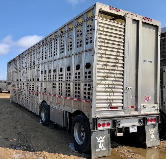 2017 Wilson 53' Hog Friendly Spread