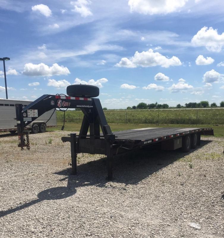 2015 Kiefer Built Equipment Flatbed Trailer