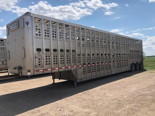 Used 2016 Eby 53' Triple Axle Livestock Semi with Rear Lift