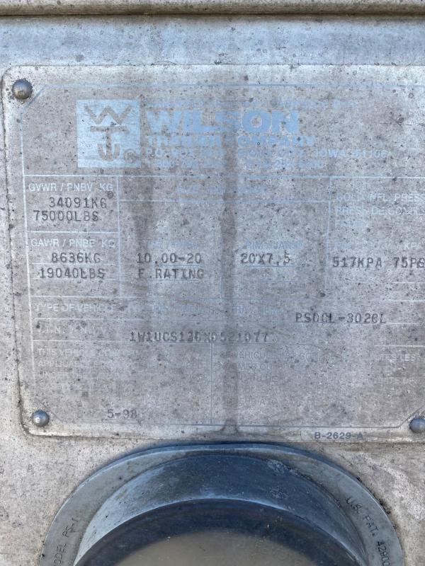"""1999 Wilson 53'x102""""x13'6"""" Tri-Axle"""