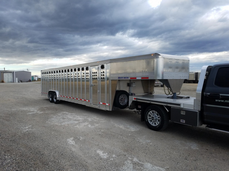 "2020 EBY Ruff Neck-PP 32'x8'x6'6"" GN Livestock Trailer"