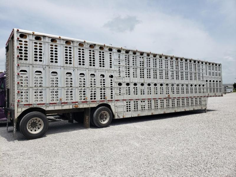 2004 Wilson Trailer Company Pot Livestock Trailer