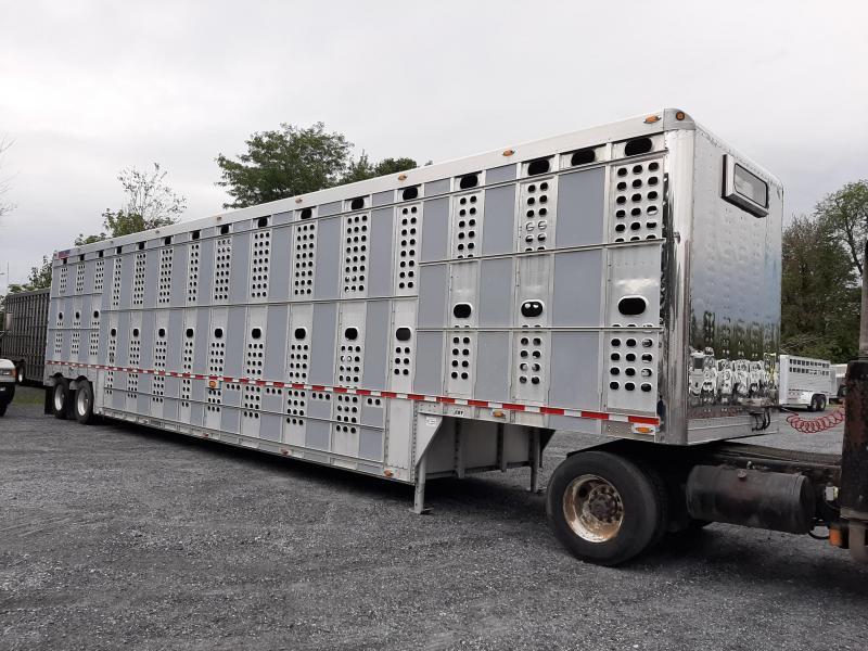 2011 EBY Bull Ride Livestock Semi